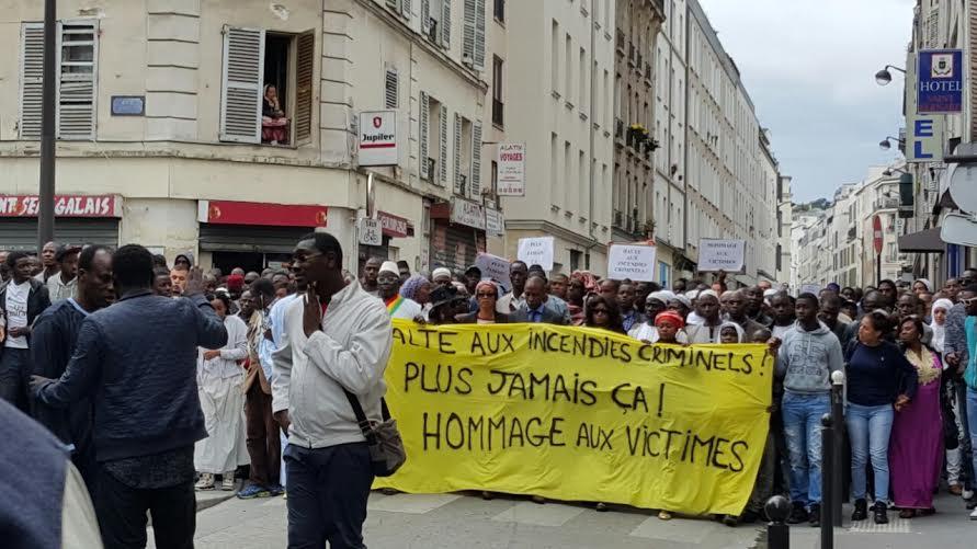 PARIS : Des sénégalais marchent pour rendre hommage aux victimes de l'incendie criminel (IMAGES)