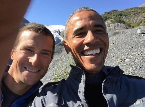 Barack Obama s'éclate en Alaska pour sa télé-réalité