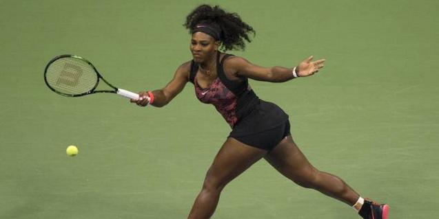 Serena Williams élimine Venus et va en demi-finale