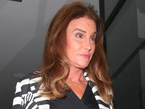 """Caitlyn Jenner : après ses opérations, elle souffre de """"douleurs constantes"""""""