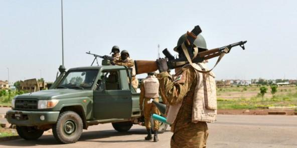 Burkina : Kosyam et Naaba-Koom II aux mains de l'armée, Diendéré réfugié « dans un endroit sûr » (Jeune Afrique)