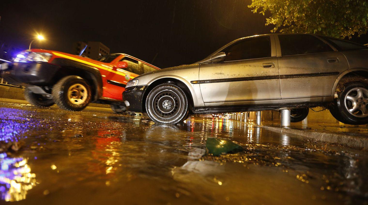 """Violentes inondations dans les Alpes-Maritimes : 16 morts, 3 disparus, """"la solidarité de la nation"""""""
