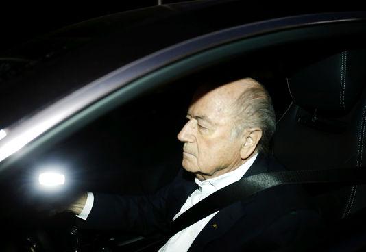 Sepp Blatter ne partira pas de la FIFA « avant le 26 février »
