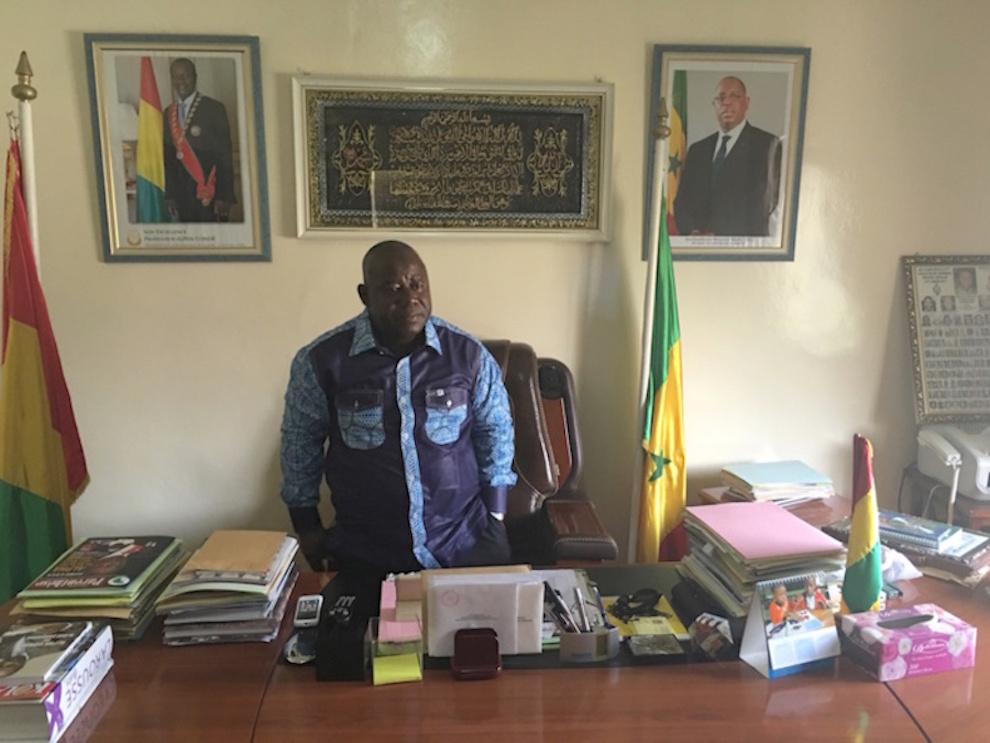 """Mamadou Bo Keïta, Ambassadeur de Guinée au Sénégal : """"Le vote est lent mais se déroule dans les meilleures conditions (...) ceux qui n'ont pas pu recevoir de carte d'électeur, sont obligés de se contenter de ne pas voter"""""""