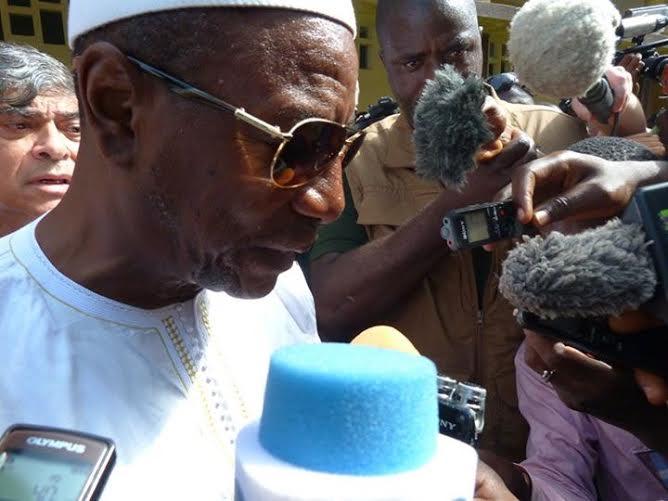"""Alpha Condé après avoir voté : """"La Guinée a besoin de paix"""""""