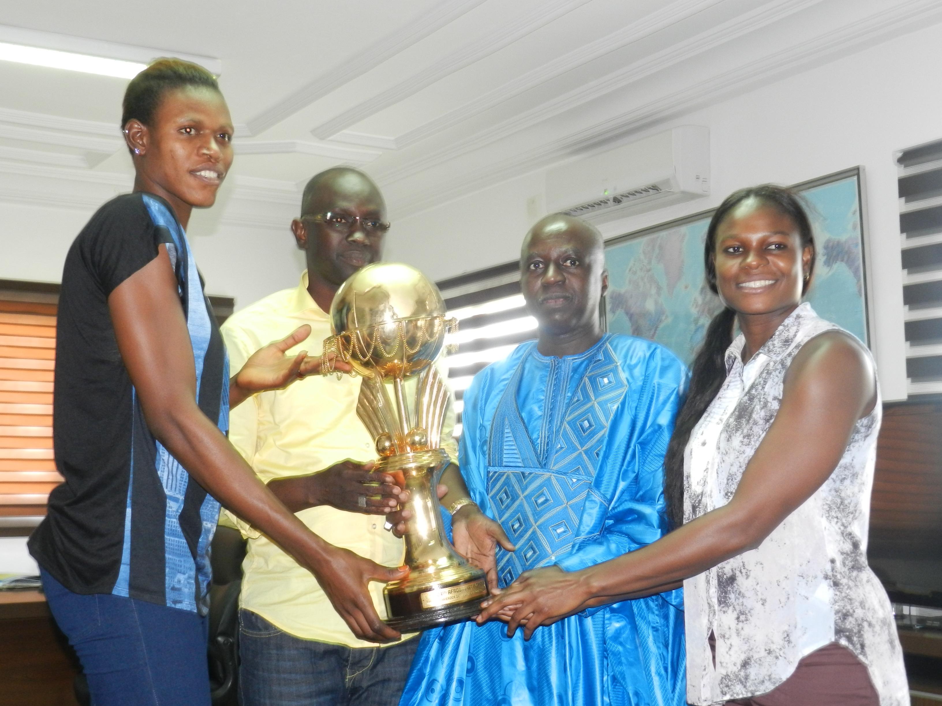 Le Directeur Général des ADS reçoit Mame Diodio Diouf et Ramata Daou