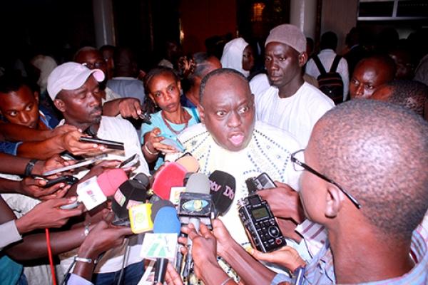 Privé de parole par le président de l'Assemblée nationale : Me El Hadji Diouf traite Niasse de «dictateur»