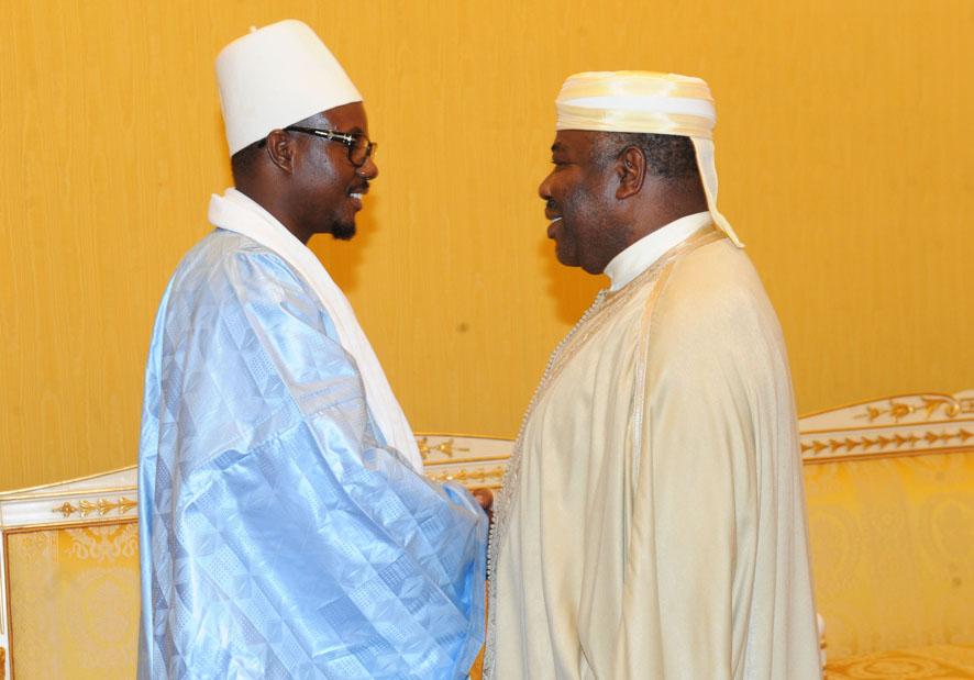 Les images de l'audience accordée à Serigne Bass Abdou Khadre et sa délégation par le président Gabonais Ali Bongo
