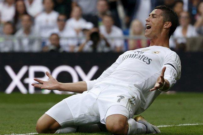 Forbes : CR7 dans le top 10, pas Messi