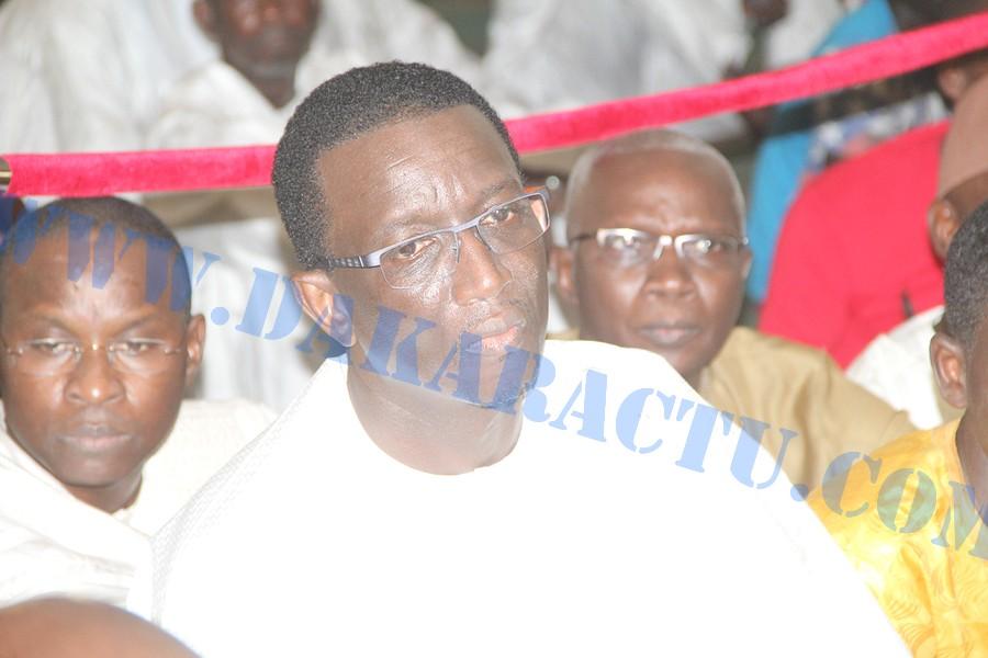 Mariage du fils d'Amadou Ba : Le PM convoque le conseil interministériel à la mosquée Omarienne  (images)