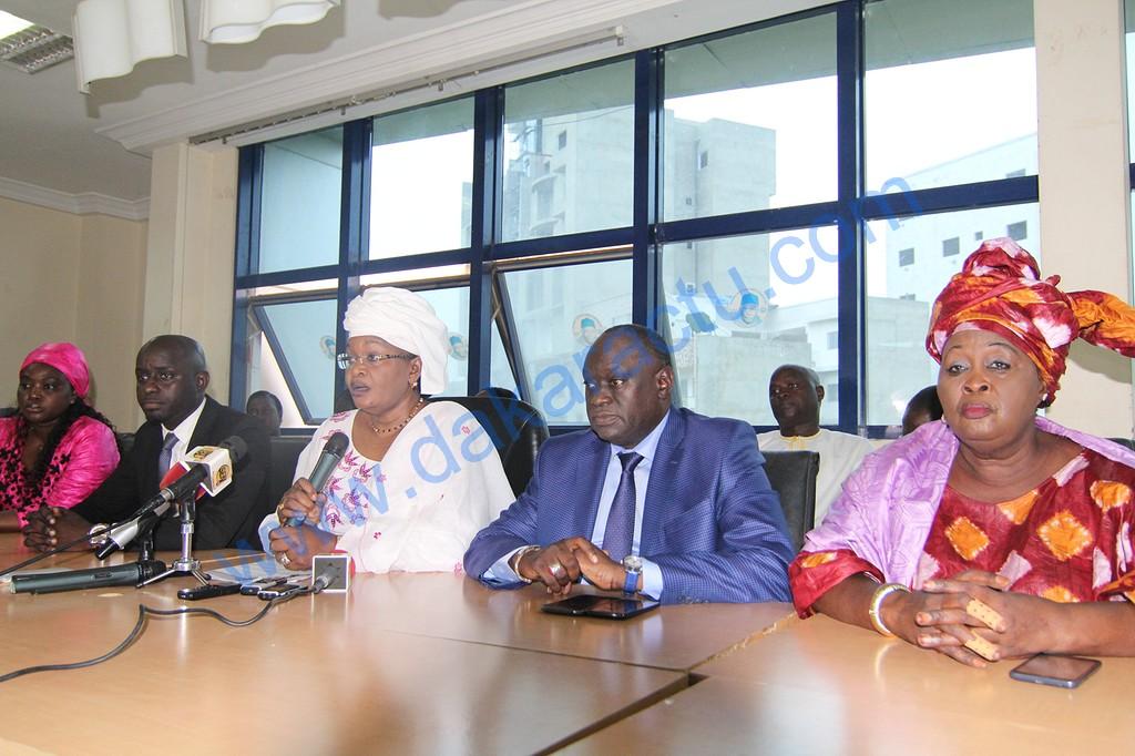 Situation à l'Assemblée : Le groupe des libéraux va vilipender Niasse et Macky Sall chez les chefs religieux et les représentations diplomatiques