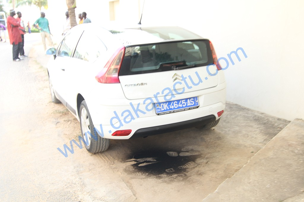 ALMADIES : Un homme meurt dans sa voiture (IMAGES)