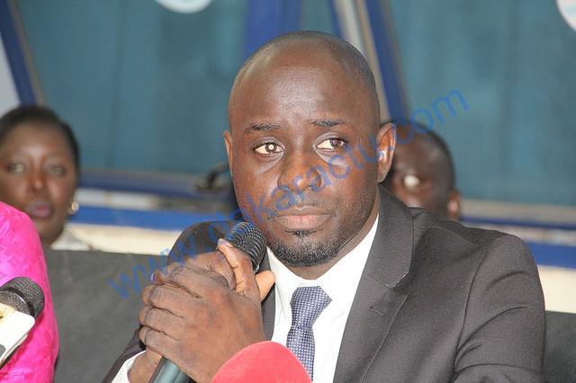 Les jeunes de la commune Thiès-ouest du parti d'Idrissa SECK plus que jamais derrière Thierno BOCOUM, Secrétaire national chargé de la jeunesse et de la communication.