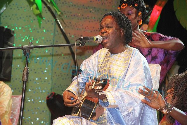 Baba Maal ou le bradage à vil prix de la Culture Pulaar !