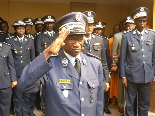COMMISSARIAT CENTRAL : Un défilé de personnalités au pot de départ du Commissaire Abdoulaye Diop