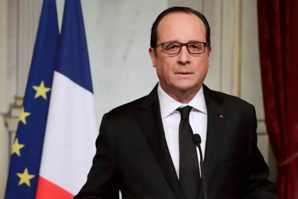 Fusillades à Paris : François Hollande décrète l'état d'urgence et la fermeture des frontières