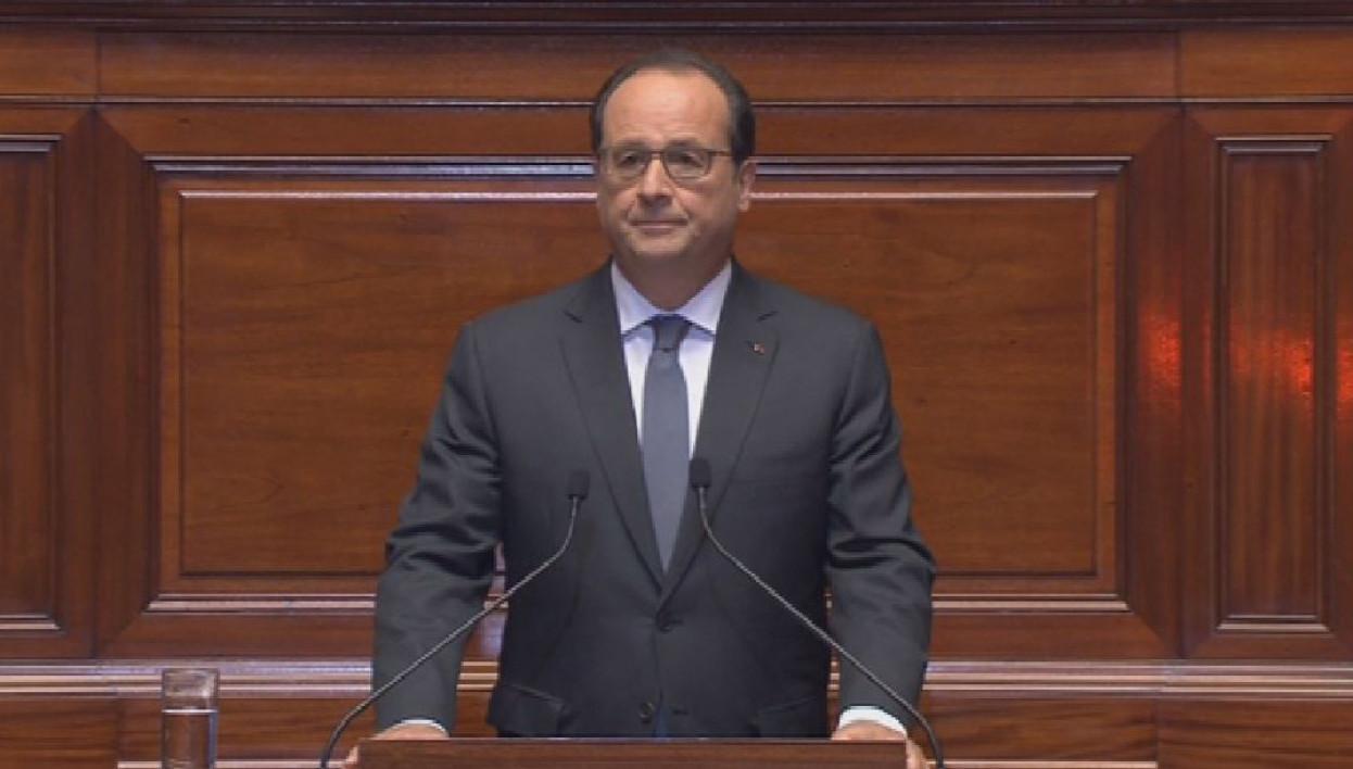 """HOLLANDE : """"Les attentats ont été organisés en Belgique, la France intensifiera ses frappes en Syrie"""""""