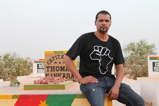 Smokey Bambara  (Mouvement Balai Citoyen du Burkina) :  «Si on peut prendre l'argent de l'impérialisme pour combattre l'impérialisme, il faut le faire »