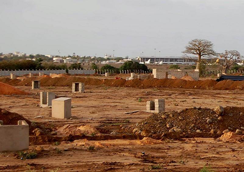 LE DSCOS DÉBUSQUE UN SCANDALE LE LONG DE L'AUTOROUTE : Prédation foncière autour de 80.000 m2