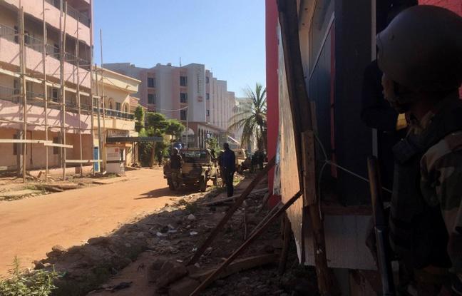 Assaut à l'hôtel Radisson Blu de Bamako : 3 morts et 15 otages libérés