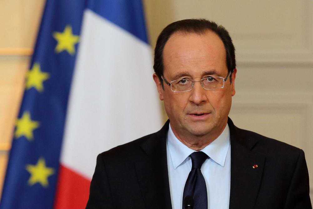 François Hollande : « Toute notre solidarité et notre soutien aux Maliens! »