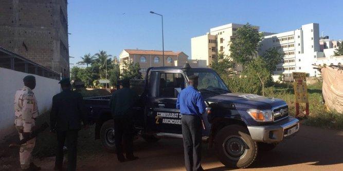 Les assaillants ne détiennent plus d'otages dans l'hôtel Radisson, annonce un ministre malien / 18 corps ont été retrouvés