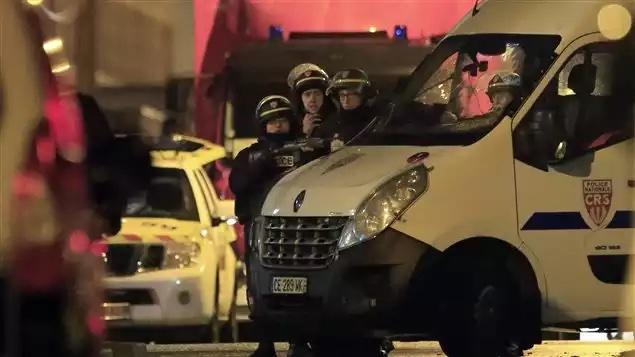 Fin de la prise d'otages à Roubaix, un mort