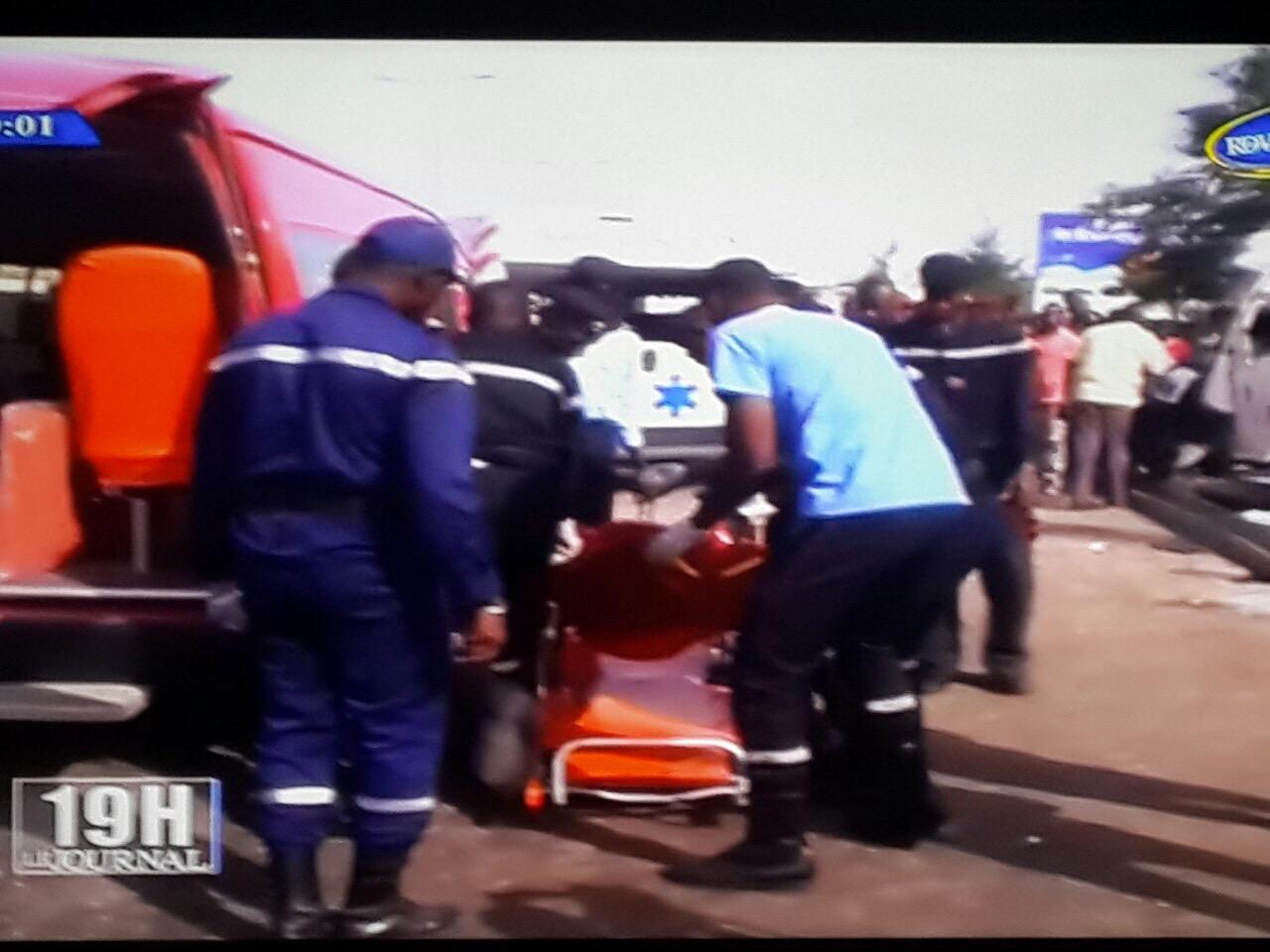 MARISTES : Une collision entre un bus Tata et un Ndiaga Ndiaye fait un mort et une cinquantaine de blessés