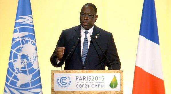 COP 21 : MACKY SALL PLAIDE POUR ''UN ACCORD CONTRAIGNANT''