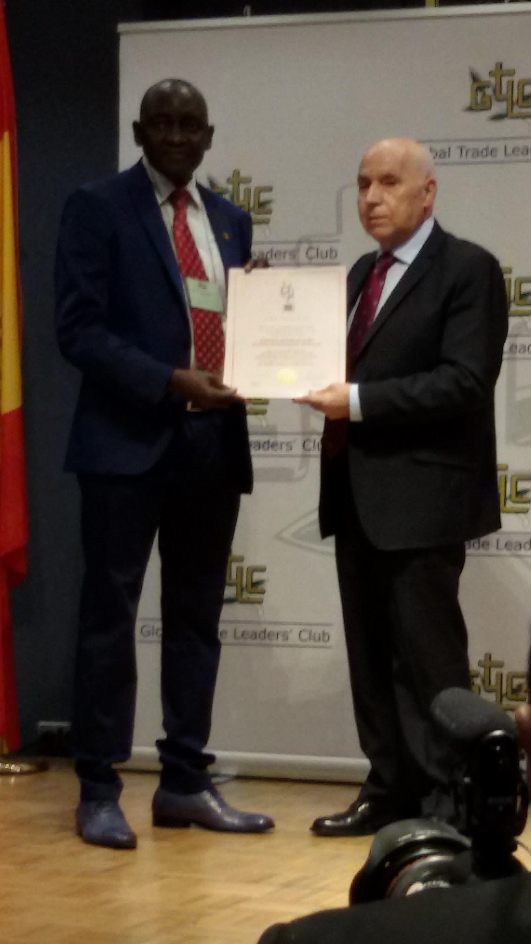 MADRID : L'ASER honorée du trophée international du leadership en image et qualité de l'année 2015