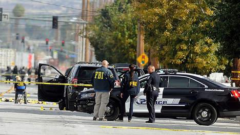 """La fusillade de San Bernardino requalifiée en """"acte de terrorisme"""" par le FBI"""