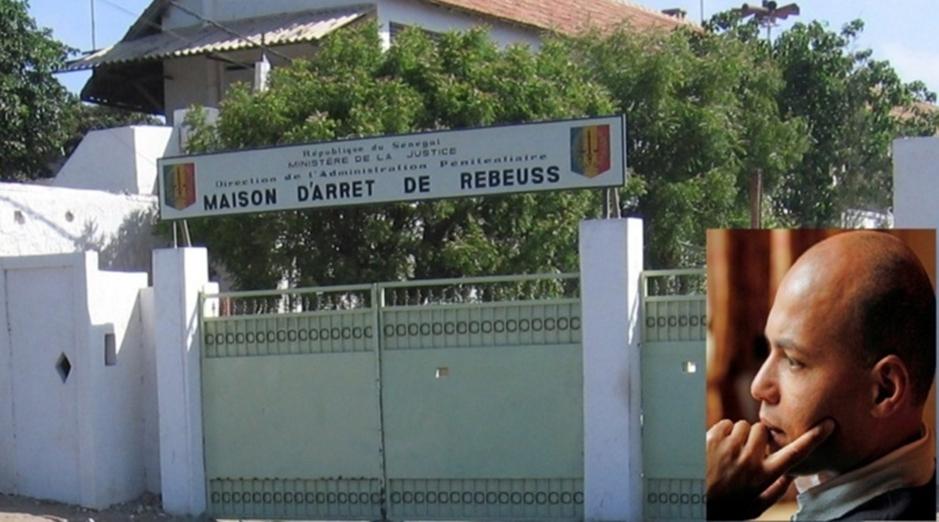 REBEUSS : Karim Wade reçoit des membres du PDS et des mouvements de soutien constitués en sa faveur