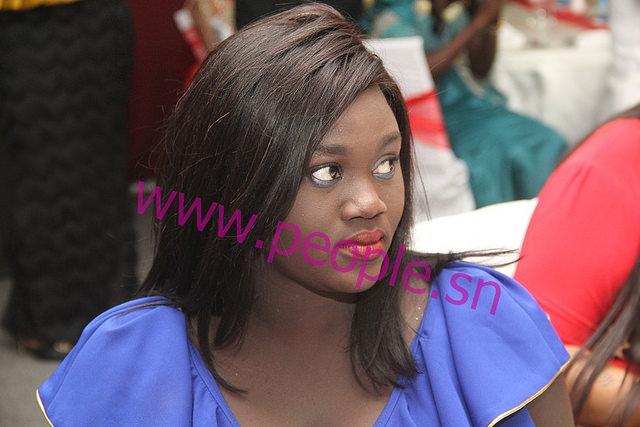 L'animatrice de Walf Petit'Dej, Thioro Mbar Ndiaye au mariage de son frère Momo Ndiaye