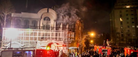 En Iran, l'ambassade d'Arabie saoudite incendiée après l'exécution d'un religieux chiite (video)
