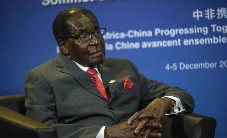 ZIMBABWE : Robert Mugabe de retour au pays après des rumeurs sur son décès