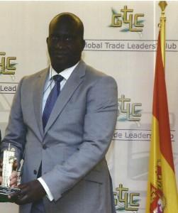 """Abdou Khadre Mbaye, Dg de Sobamo TP : """" Quand on est dans la carrière de Niague, on ne voit même pas le Lac Rose ; il n'y a ni mer agressée ni filaos coupés ; en attestent les Rapports des Services de l'Etat"""