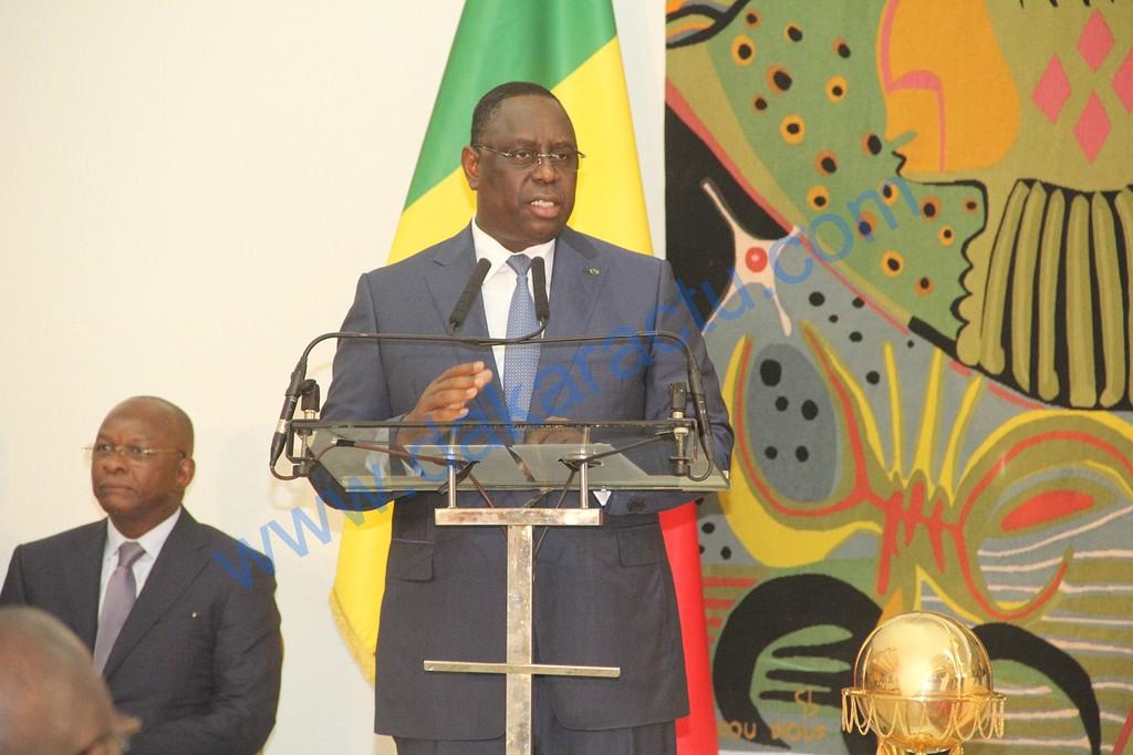 """Le président Macky Sall sur la caricature de Jeune Afrique : """" Je condamne très fermement cette pratique de caricaturer la religion ou la foi des autres. Ce sont des attitudes irresponsables! """""""