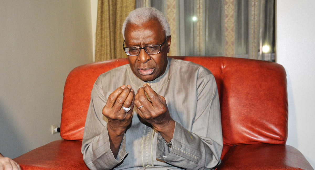 Corruption présumée à l'Iaaf : Convoqué par le juge le 20 janvier, Lamine Diack refuse de s'exprimer