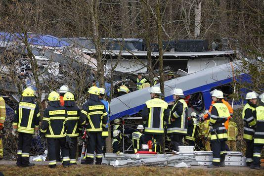 Au moins quatre morts et 150 blessés dans un accident de train en Allemagne