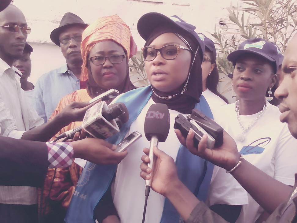 Orphelinat Papillon Bleu de Pikine : Les femmes du Port offrent 500 mille FCfa et divers dons en nature
