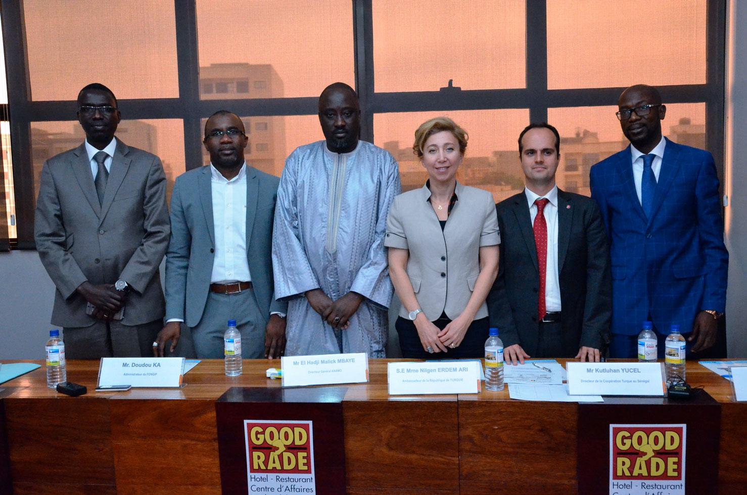 Images de la conférence de presse de Maodo Malick M'baye, Directeur général de l'Agence nationale de la maison de l'outil (ANAMO)
