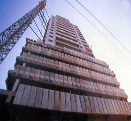 CAMBRIOLAGE : Des appartements de l'immeuble Fayçal visités