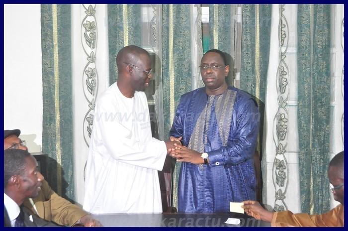 """"""" Macky Sall, le nouveau Prophète du """"wax waxeet ; son attitude est tout ce que notre culture interdit """" : C'est Cheikh Bamba Dièye qui parle ainsi"""