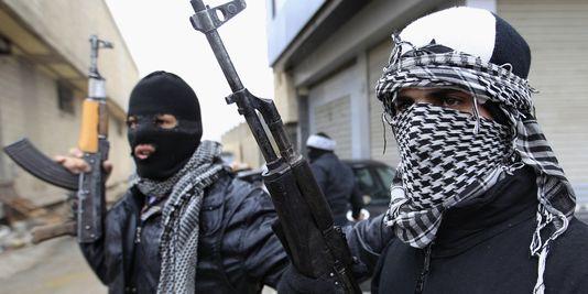 INDE : Des hommes armés prennent d'assaut un bâtiment administratif au Cachemire