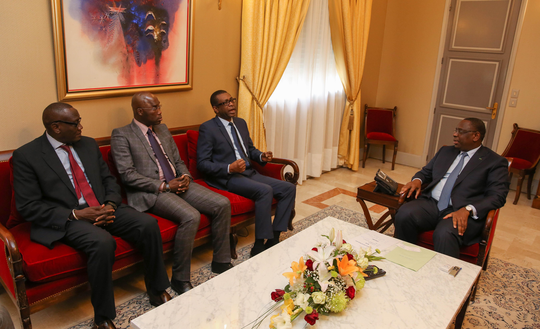 Référendum : Youssou Ndour  entend battre campagne pour une victoire du Oui