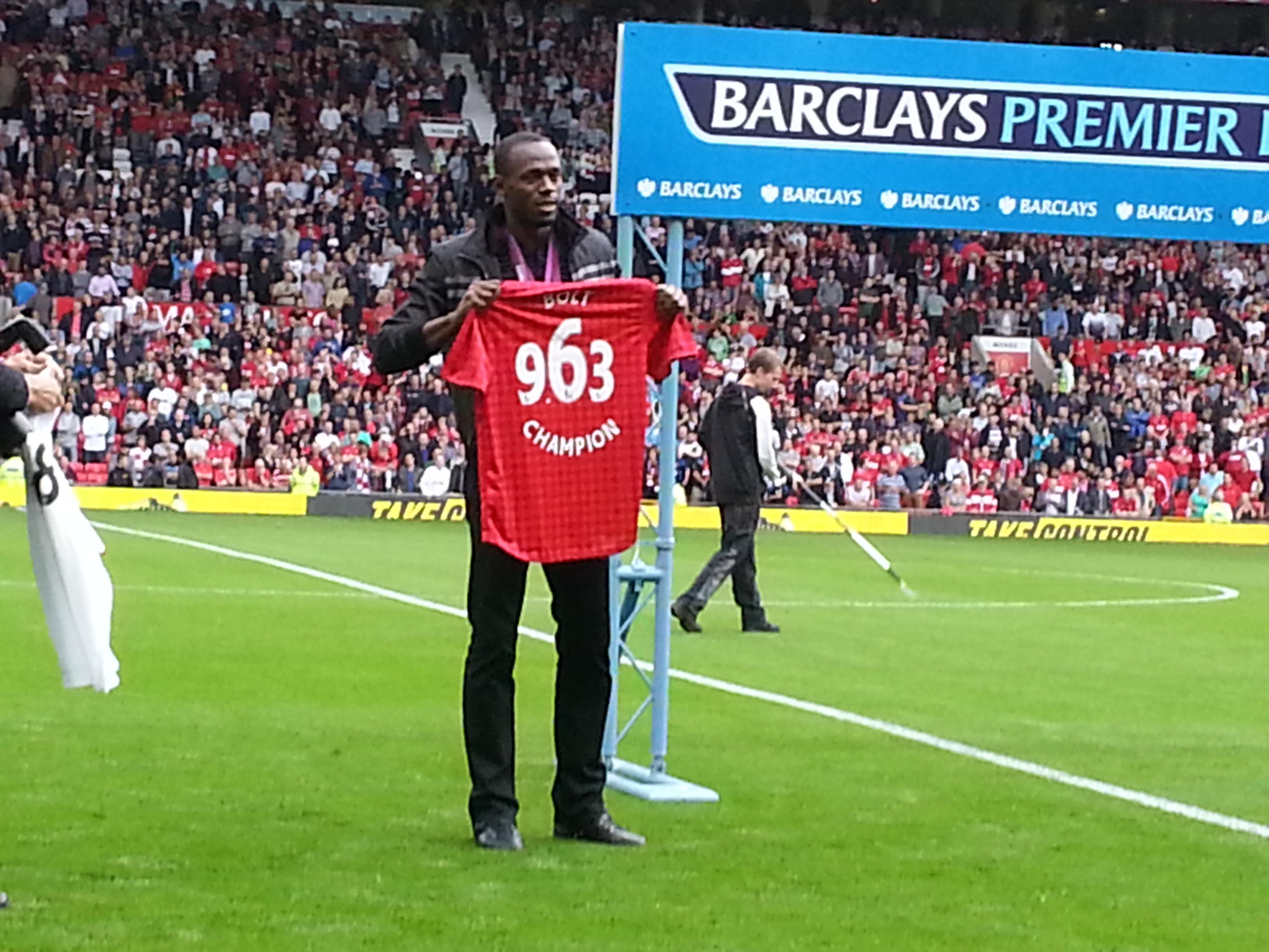 Manchester United : même Usain Bolt critique le jeu de Louis van Gaal