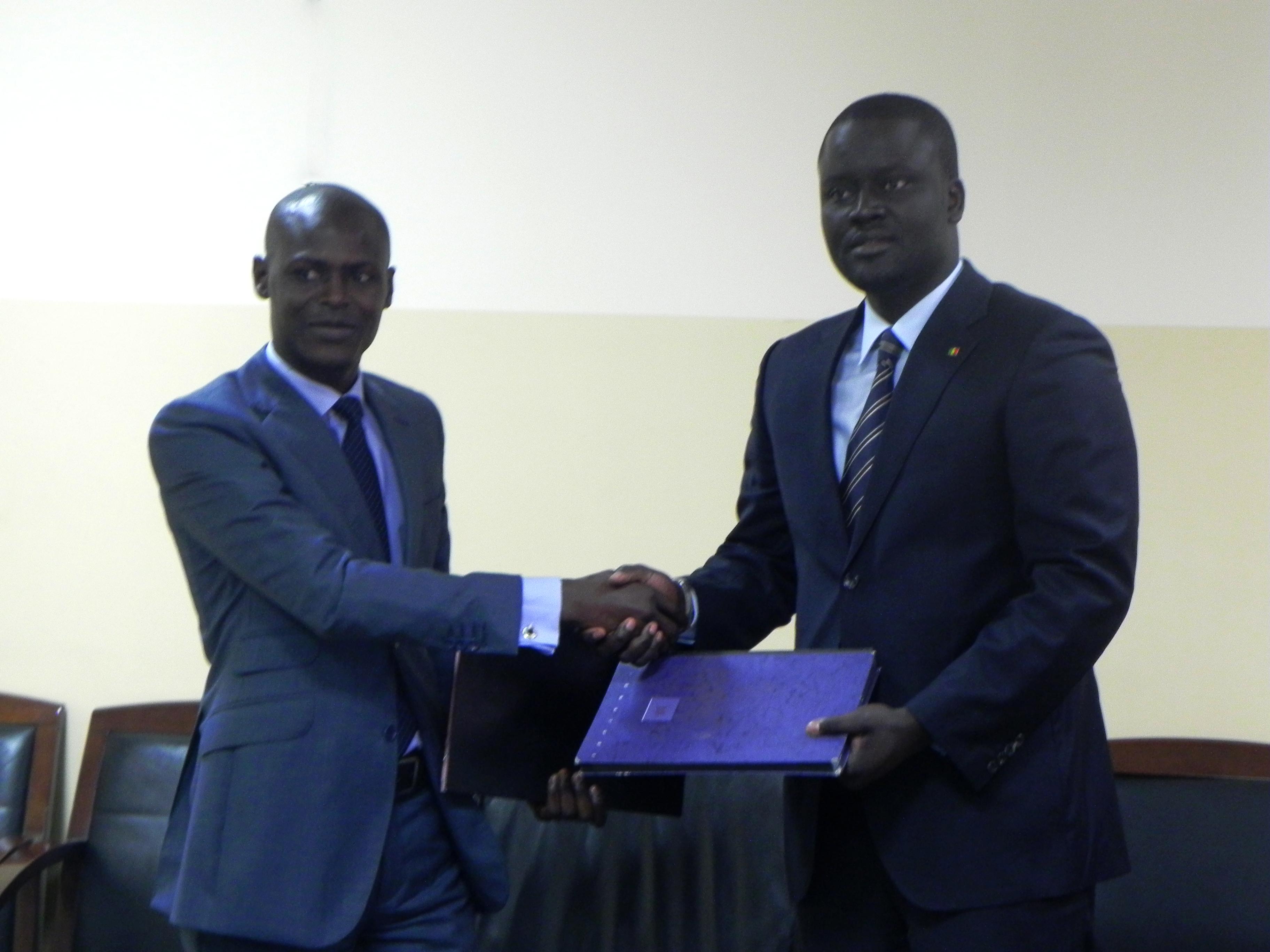 Partenariat : Echanges de bons procédés entre la maison de la presse et l'ADIE