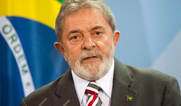 BRÉSIL : L'ex-président Lula arrêté et placé en garde à vue