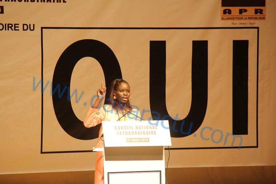 Thérèse Faye au  Conseil national extraordinaire de l'APR : « Ce référendum permettra une nouvelle vie et une forte démocratie à notre pays »