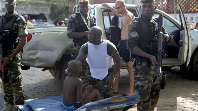 Côte d'Ivoire. Au moins 12 morts après une fusillade sur une plage